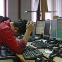 Sensex tanks 448 pts on global sell-off, falling rupee