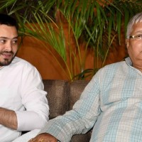Lalu, Tajaswhi gets summons from CBI to appear again on September 25, 26