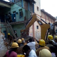 8 Killed, Including TN Transport Drivers & Conductor In Roof Collapse