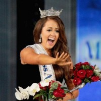 Miss America accuses pageant leaders of bullying her