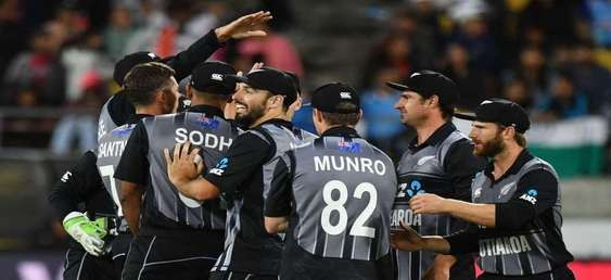 Seifert and Southee complete New Zealand demolition job