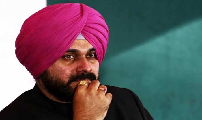 Navjot Singh Sidhu Banned from Entering Mumbai's Film City for His Comments on Pulwama Attack