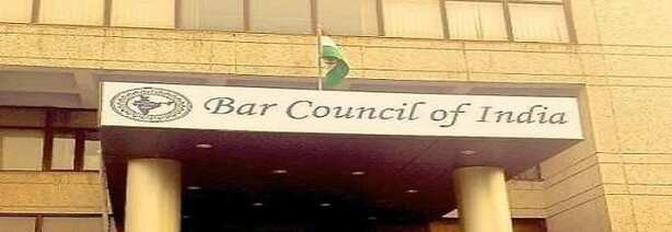 Tis Hazari scuffle: Bar directs Delhi Council to settle lawyers-police standoff amicably