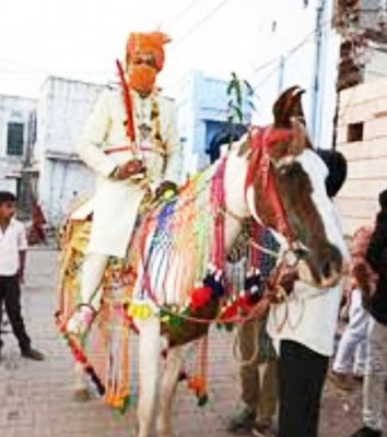 UP Dalit youth's dream of riding horse on his wedding faces minor hurdle