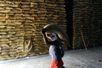 28 States/UTs start lifting foodgrains for distribution to 80 cr beneficiaries
