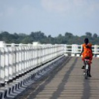MP girl who cycled 24 kms daily in top ten of 10th board