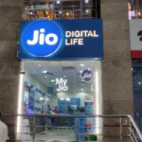 Jio killer app serves Rs 13,500 p.a. spoiler on Zoom party