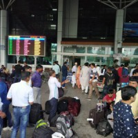 Flights to and from Srinagar airport cancelled due to snowfall