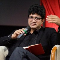 CBFC chief Prasoon Joshi clarifies that 300 cuts in 'Padmavat' was false propaganda