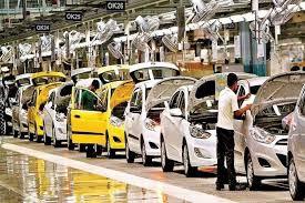 कोरोना वायरस ने चीन के वाहन उद्योग की कमर तोड़ दी, 10 लाख यूनिट बिक्री की कमी देखी गई